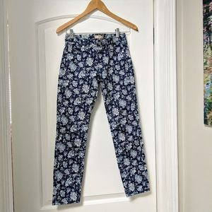 Uniqlo skinny cropped flower print jeans/pants